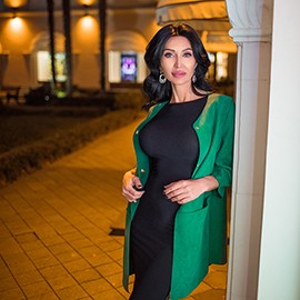 Hot girlfriend Yuliya, 40 yrs.old from Sochi, Russia