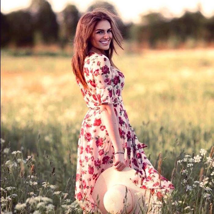 Nice girlfriend Elena, 30 yrs.old from Saint Petersburg, Russia