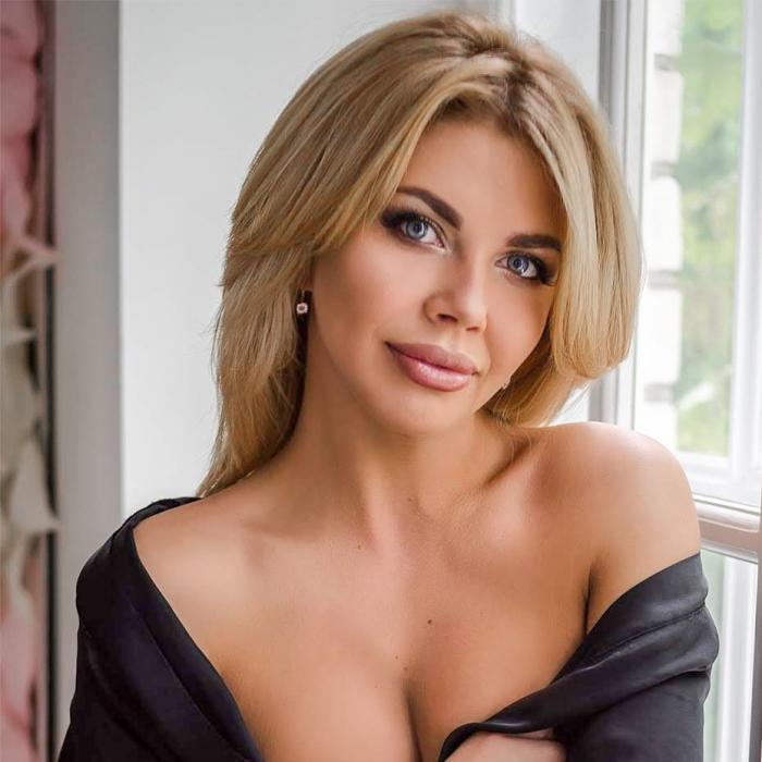 Amazing bride Yuliya, 34 yrs.old from Nikopol, Ukraine