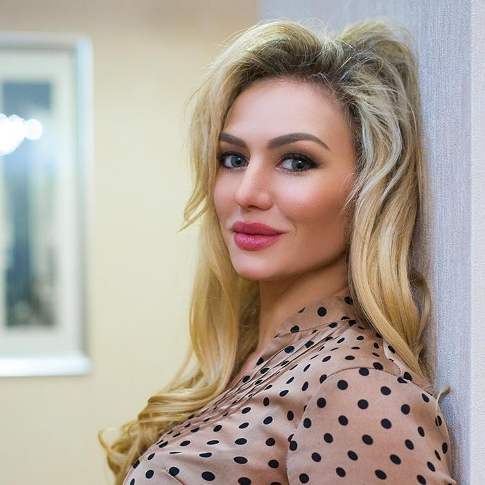 Pretty mail order bride Anastasiya, 32 yrs.old from Simferopol, Russia
