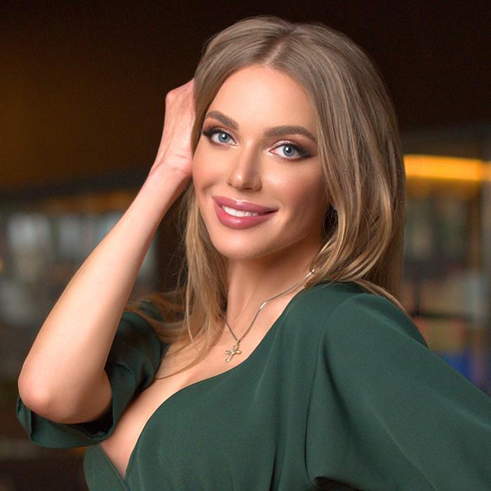 Single girl Ekaterina, 32 yrs.old from Poltava, Ukraine
