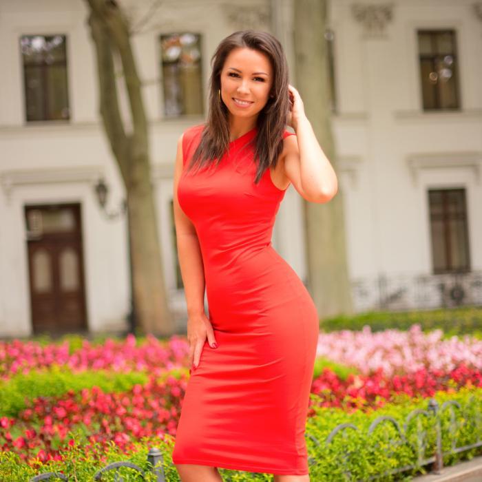 Sexy wife Elena, 36 yrs.old from Odessa, Ukraine