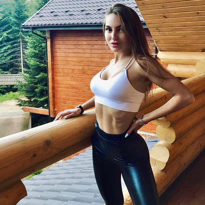 sexy woman Alisa, 21 yrs.old from Gorishnie Plavni, Ukraine