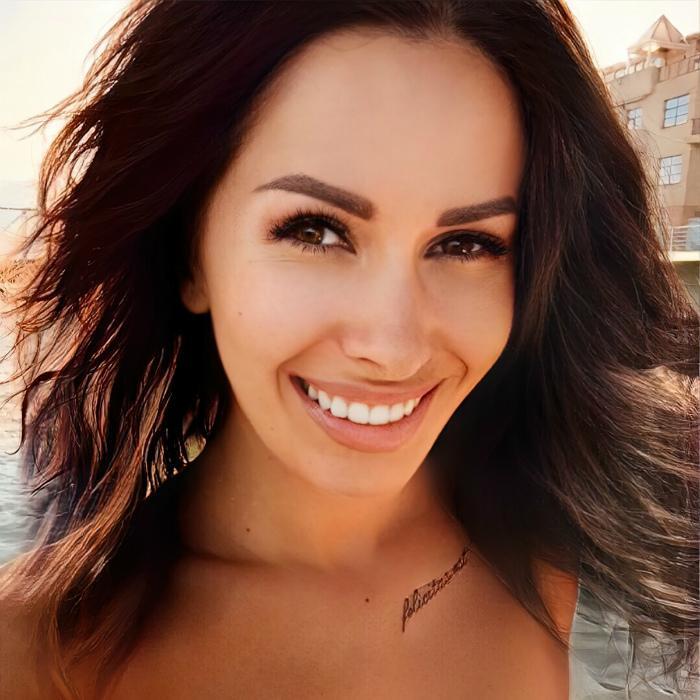Gorgeous girlfriend Svetlana, 39 yrs.old from Yalta, Russia