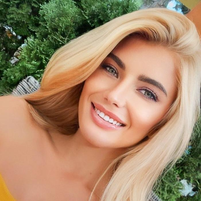 gorgeous girl Oksana, 27 yrs.old from Kishinev, Moldova