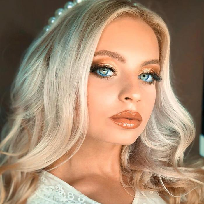 Charming wife Sofiya, 20 yrs.old from Yasinovataya, Ukraine