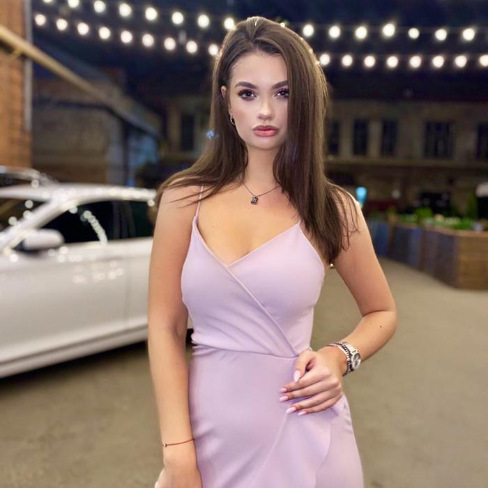 Charming mail order bride Alina, 19 yrs.old from Moscow, Russia