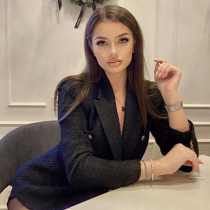 Amazing mail order bride Alina, 19 yrs.old from Moscow, Russia