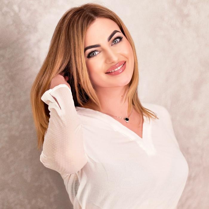 Gorgeous wife Yulia, 28 yrs.old from Berdyansk, Ukraine