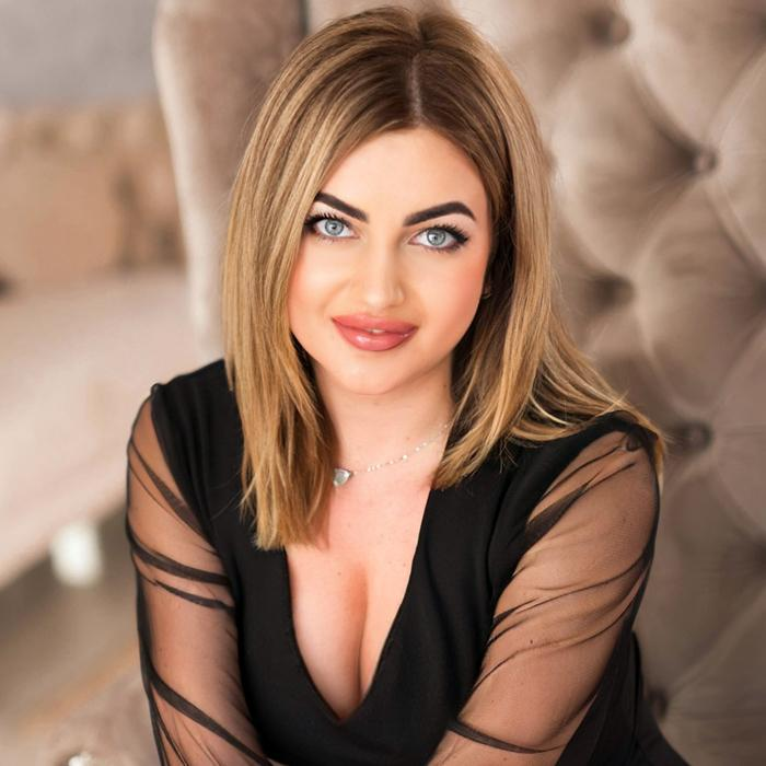 charming miss Yulia, 28 yrs.old from Berdyansk, Ukraine