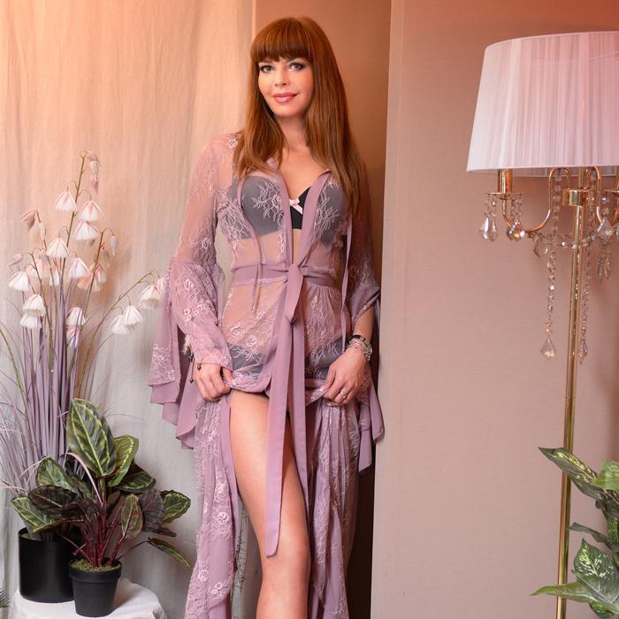 Sexy wife Yana, 44 yrs.old from Kharkov, Ukraine