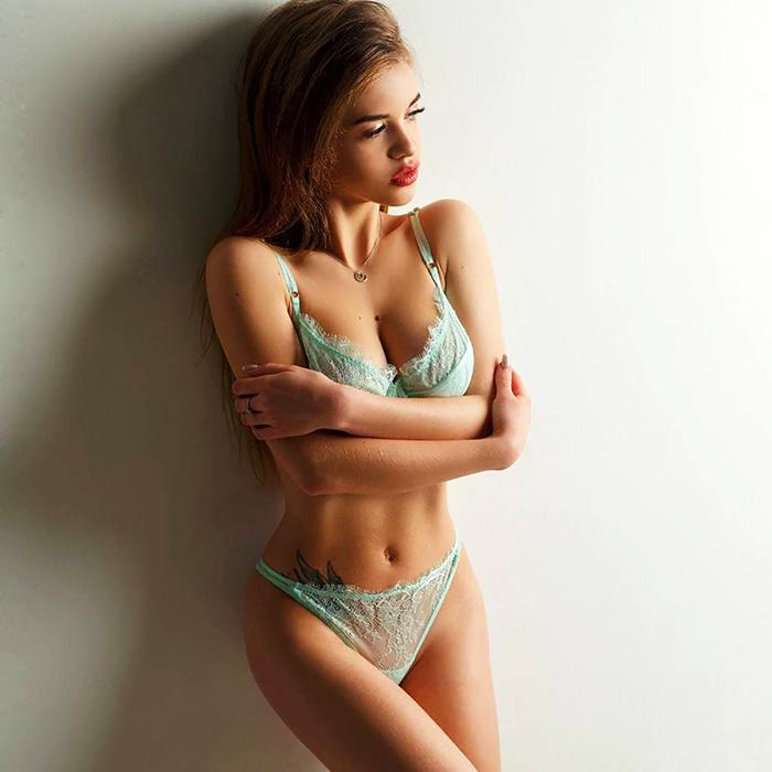 single mail order bride Diana, 24 yrs.old from Minsk, Belarus