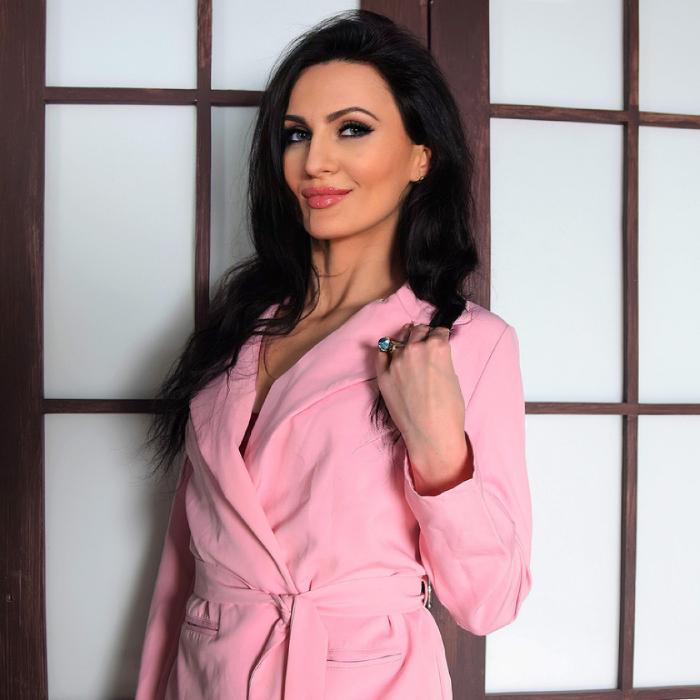 Gorgeous miss Anna, 35 yrs.old from Kharkov, Ukraine
