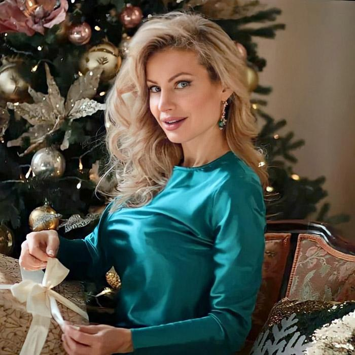 Amazing wife Oksana, 43 yrs.old from Rostov-on-Don, Russia