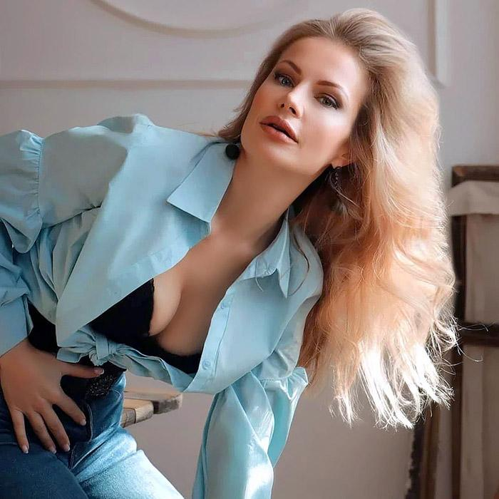 Amazing lady Oksana, 43 yrs.old from Rostov-on-Don, Russia