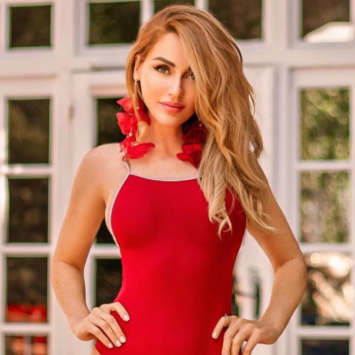 gorgeous girl Nadezhda, 36 yrs.old from Krasnodar, Russia