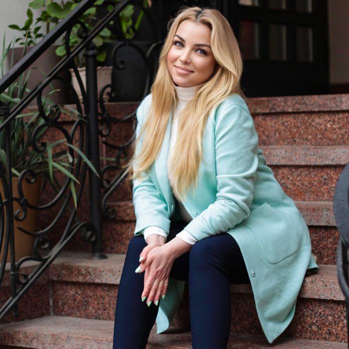 Nice girl Oksana, 45 yrs.old from Kiev, Ukraine