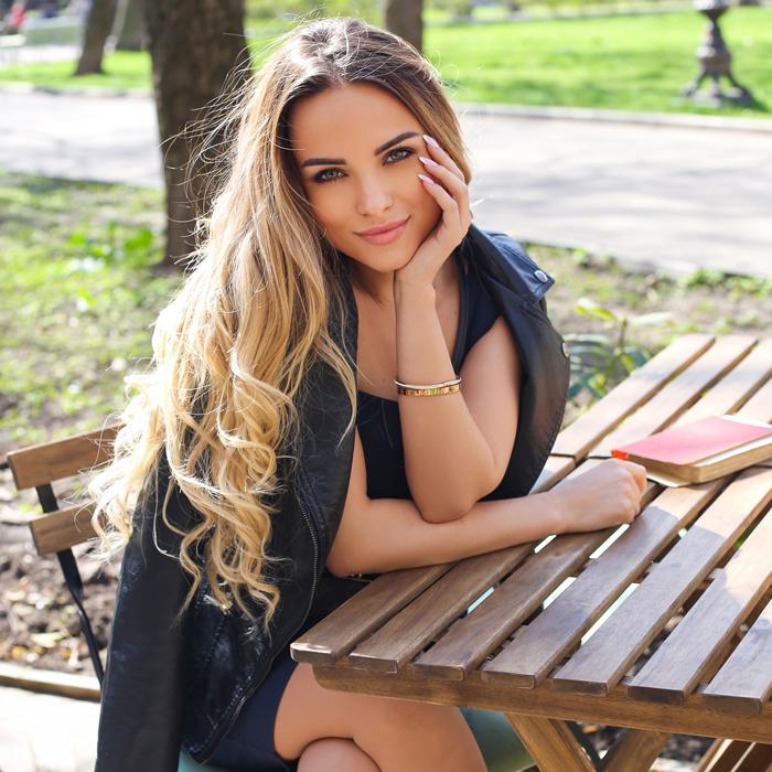 Single mail order bride Marina, 31 yrs.old from Odessa, Ukraine