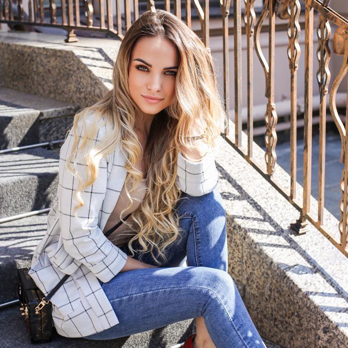 Pretty girlfriend Marina, 31 yrs.old from Odessa, Ukraine