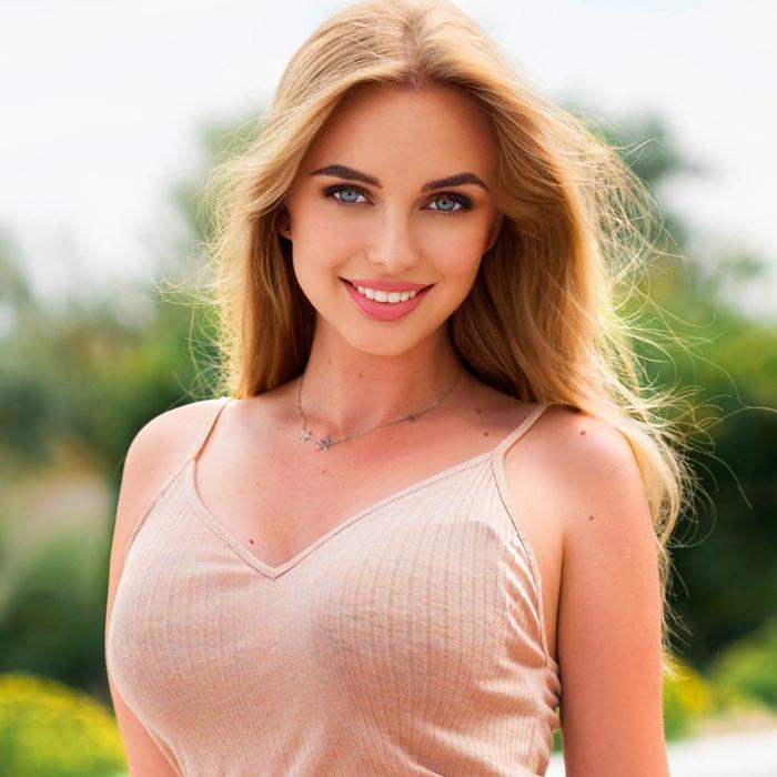amazing girl Darya, 19 yrs.old from Berdyansk, Ukraine