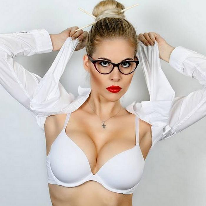 hot wife Mariya, 30 yrs.old from St. Petersburg, Russia