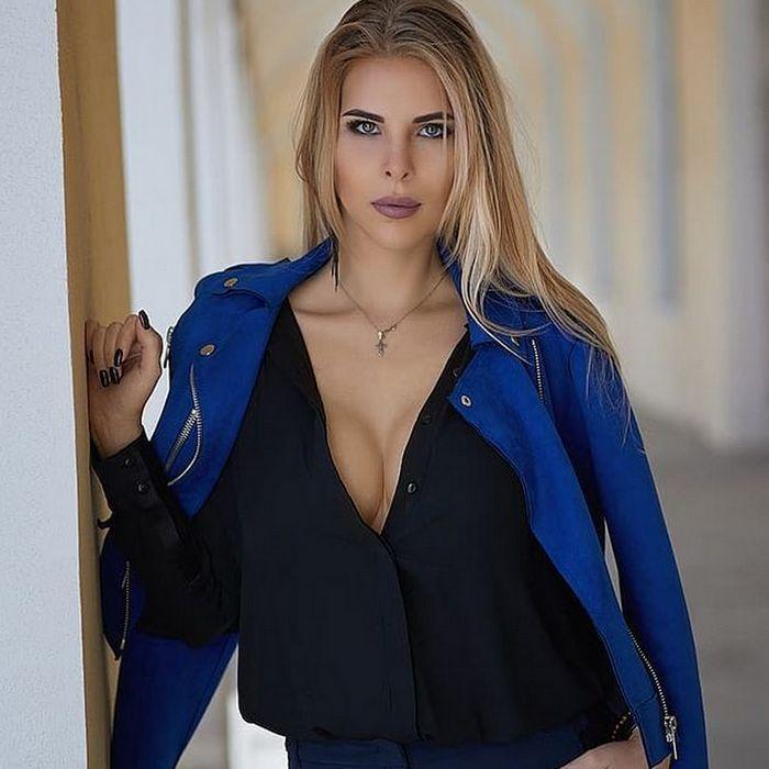 Hot bride Mariya, 29 yrs.old from St. Petersburg, Russia