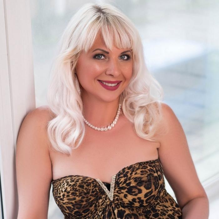 Beautiful girl Marina, 49 yrs.old from Berdyansk, Ukraine