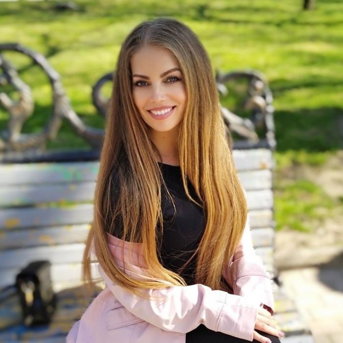 Single woman Elena, 39 yrs.old from Berdyansk, Ukraine
