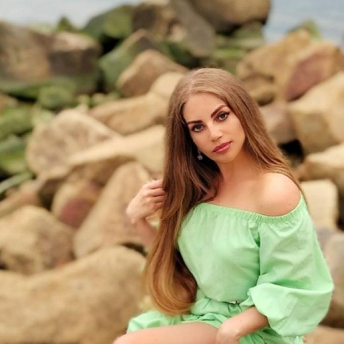 Pretty miss Elena, 39 yrs.old from Berdyansk, Ukraine