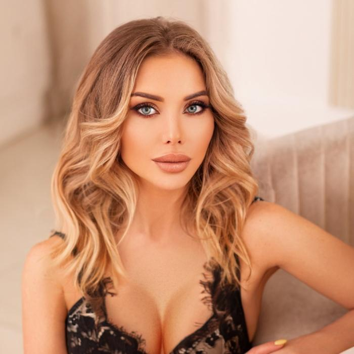 Hot girlfriend Ekaterina, 36 yrs.old from Moscow, Russia