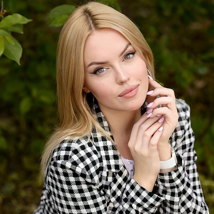 Amazing woman Polina, 20 yrs.old from Pskov, Russia