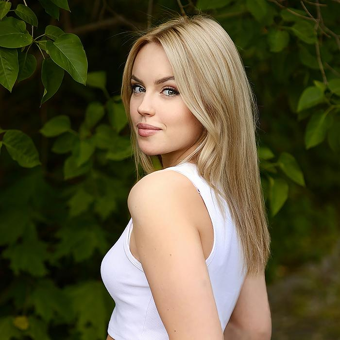 Sexy lady Polina, 20 yrs.old from Pskov, Russia
