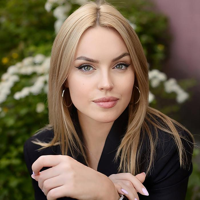 pretty bride Polina, 20 yrs.old from Pskov, Russia