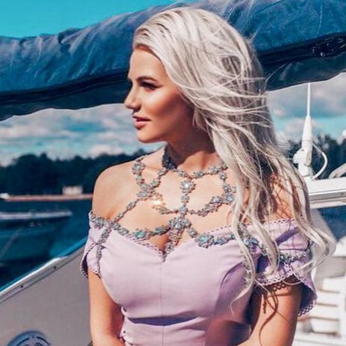 Charming wife Svetlana, 38 yrs.old from Saint Petersburg, Russia