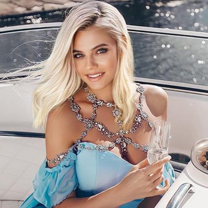 Charming miss Svetlana, 38 yrs.old from Saint Petersburg, Russia