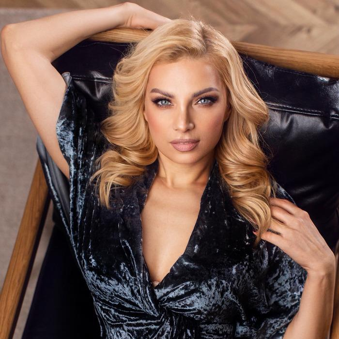 Single mail order bride Ekaterina, 44 yrs.old from Zhitomir, Ukraine