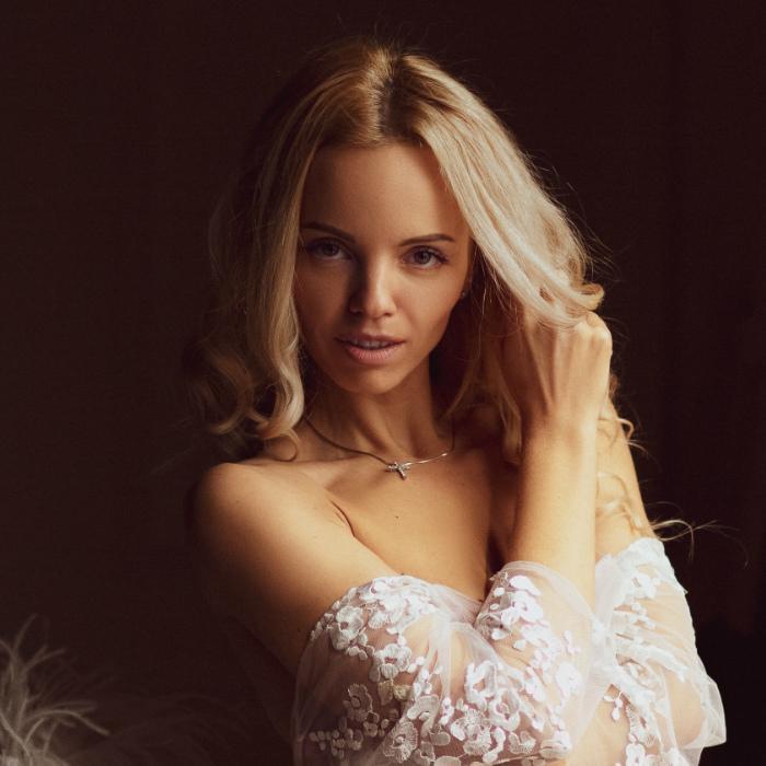 Charming bride Irina, 35 yrs.old from Simferopol, Russia