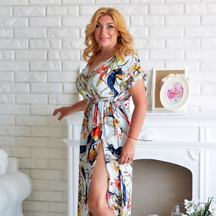 Pretty girl Larisa, 40 yrs.old from Kharkov, Ukraine