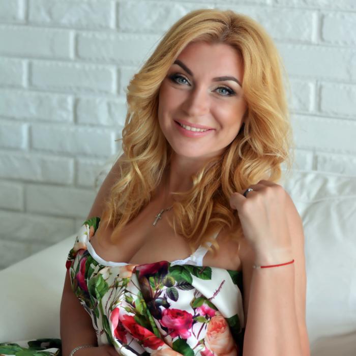 beautiful miss Larisa, 40 yrs.old from Kharkov, Ukraine