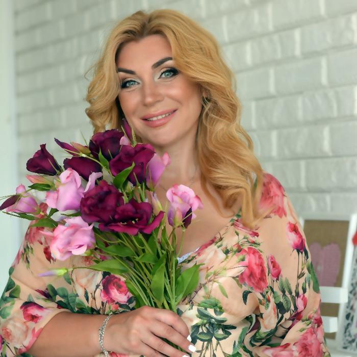 Nice bride Larisa, 40 yrs.old from Kharkov, Ukraine