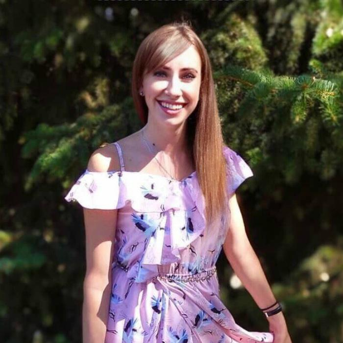 Nice woman Anna, 25 yrs.old from Lugansk, Ukraine