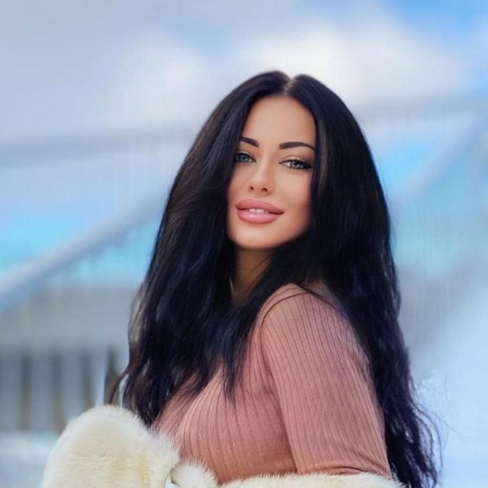 Hot wife Yana, 24 yrs.old from Karlovy Vary, Czech Republic