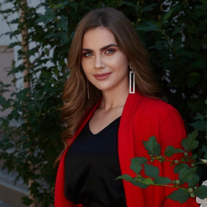 Charming woman Vitalina, 18 yrs.old from Simferopol, Russia
