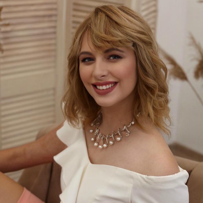 Charming woman Alina, 19 yrs.old from Simferopol, Russia