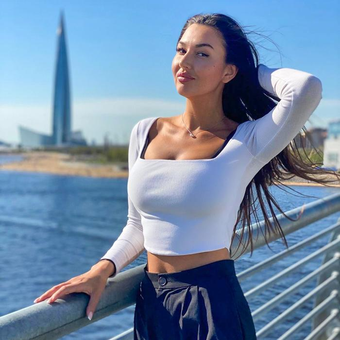 Hot miss Natalia, 32 yrs.old from Sochi, Russia