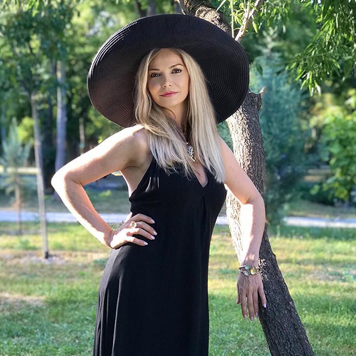 Hot girlfriend Olga, 45 yrs.old from Sevastopol, Russia