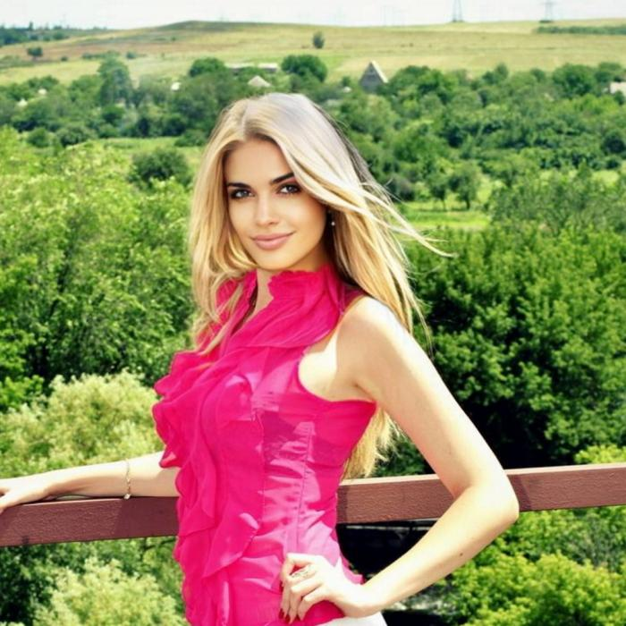 Sexy bride Yulia, 32 yrs.old from Kiev, Ukraine