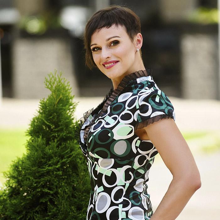 Pretty girl Oksana, 40 yrs.old from Poltava, Ukraine