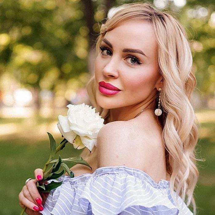 gorgeous miss Inna, 45 yrs.old from Orenburg, Russia