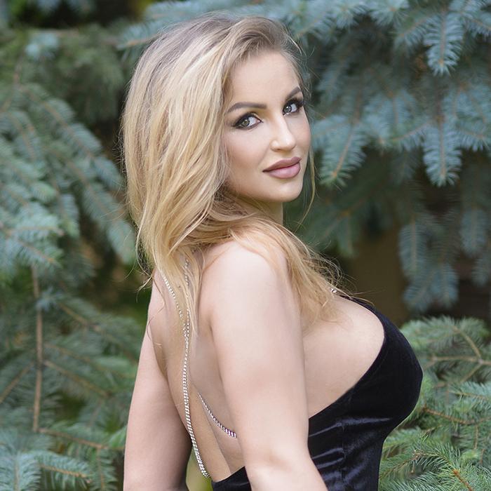 Charming lady Irina, 26 yrs.old from Kharkov, Ukraine